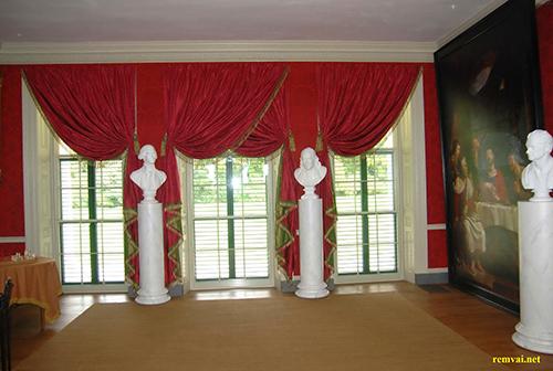 Rèm vải nhung giá rẻ màu đỏ sang trọng mã RVN 105